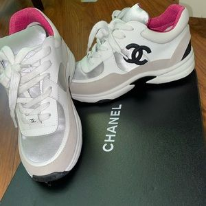 chanel sneakers size 6 in mens